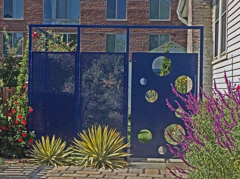 Creative Fencing - Bobbie Schwartz - National Garden Bureau