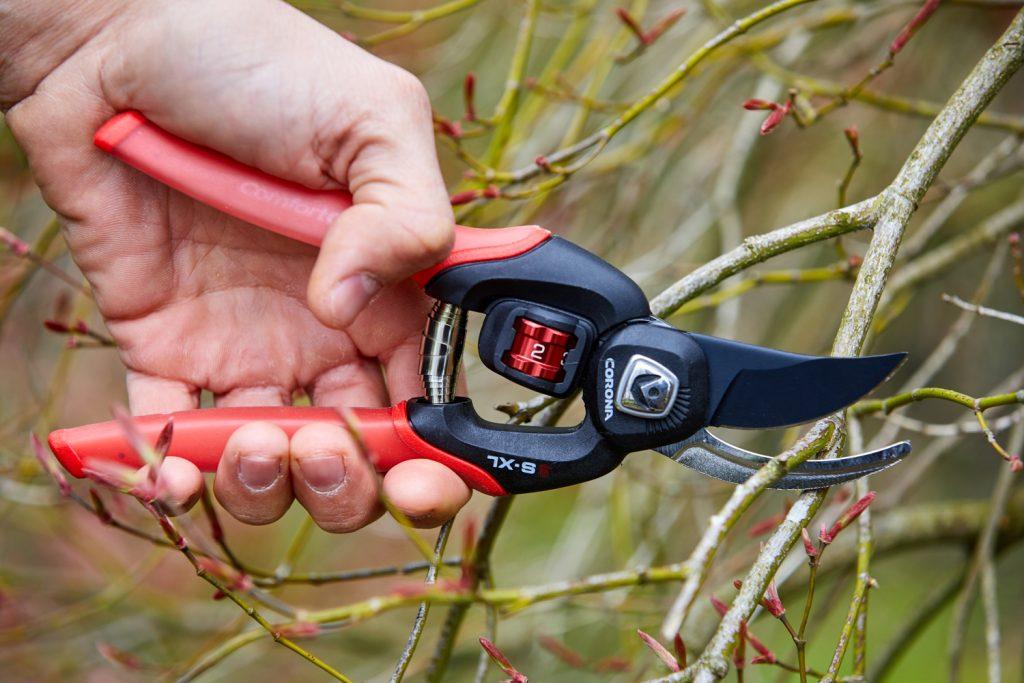 Corona FlexDIAL® Adjustable Bypass Pruner - National Garden Bureau Member
