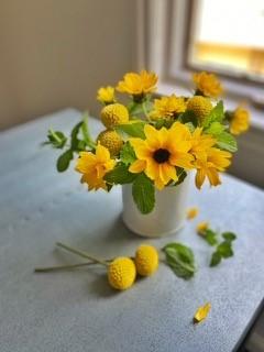 Make a Sunflower flower design as a sunny Sunflower Craft for the summer
